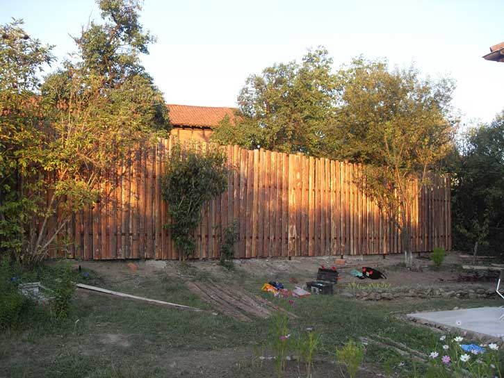 направа на огради