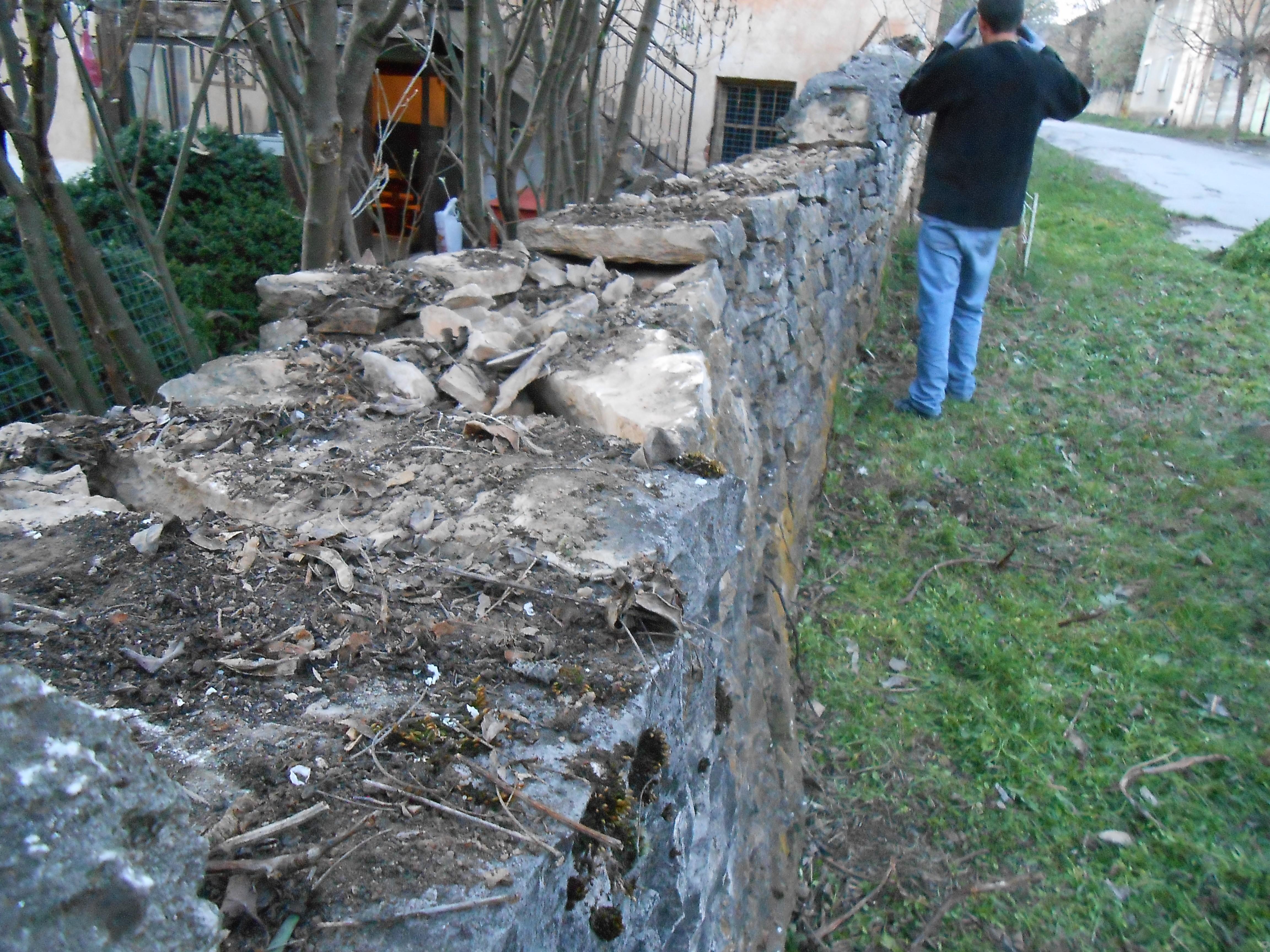 изграждане на зид суха зидария